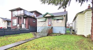 Main Photo: 2765 VENABLES STREET in Vancouver: Renfrew VE House for sale (Vancouver East)