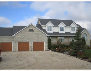 Photo 1: 199 CORUNNA Avenue in WINNIPEG: Middlechurch / Rivercrest Residential for sale (Winnipeg area)  : MLS®# 2820396