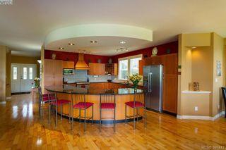 Photo 8: 7376 Ridgedown Crt in SAANICHTON: CS Saanichton House for sale (Central Saanich)  : MLS®# 786798