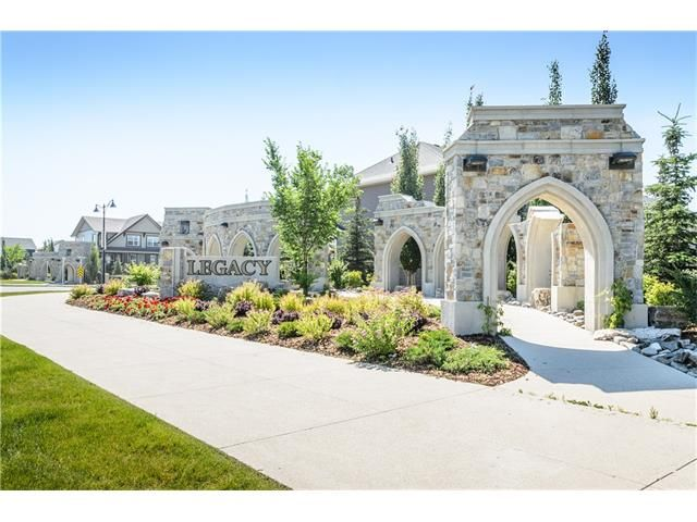 Main Photo: 74 LEGACY Terrace SE in Calgary: Legacy House for sale : MLS®# C4065636