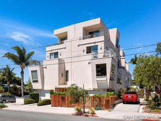 Photo 3: Townhouse for sale : 3 bedrooms : 3804 Herbert St in San Diego