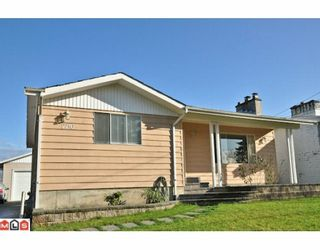 Photo 1: 2210 MARTENS Street in Abbotsford: Poplar House for sale : MLS®# F1003280