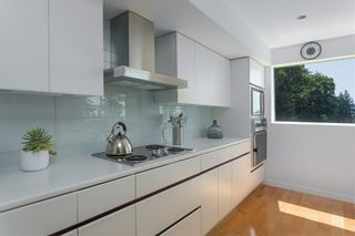 Photo 11: 251 BAYVIEW Road: Lions Bay House for sale (West Vancouver)  : MLS®# R2287377