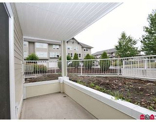 """Photo 6: 107 20189 54TH Avenue in Langley: Langley City Condo for sale in """"Catalina Gardens"""" : MLS®# F2824512"""
