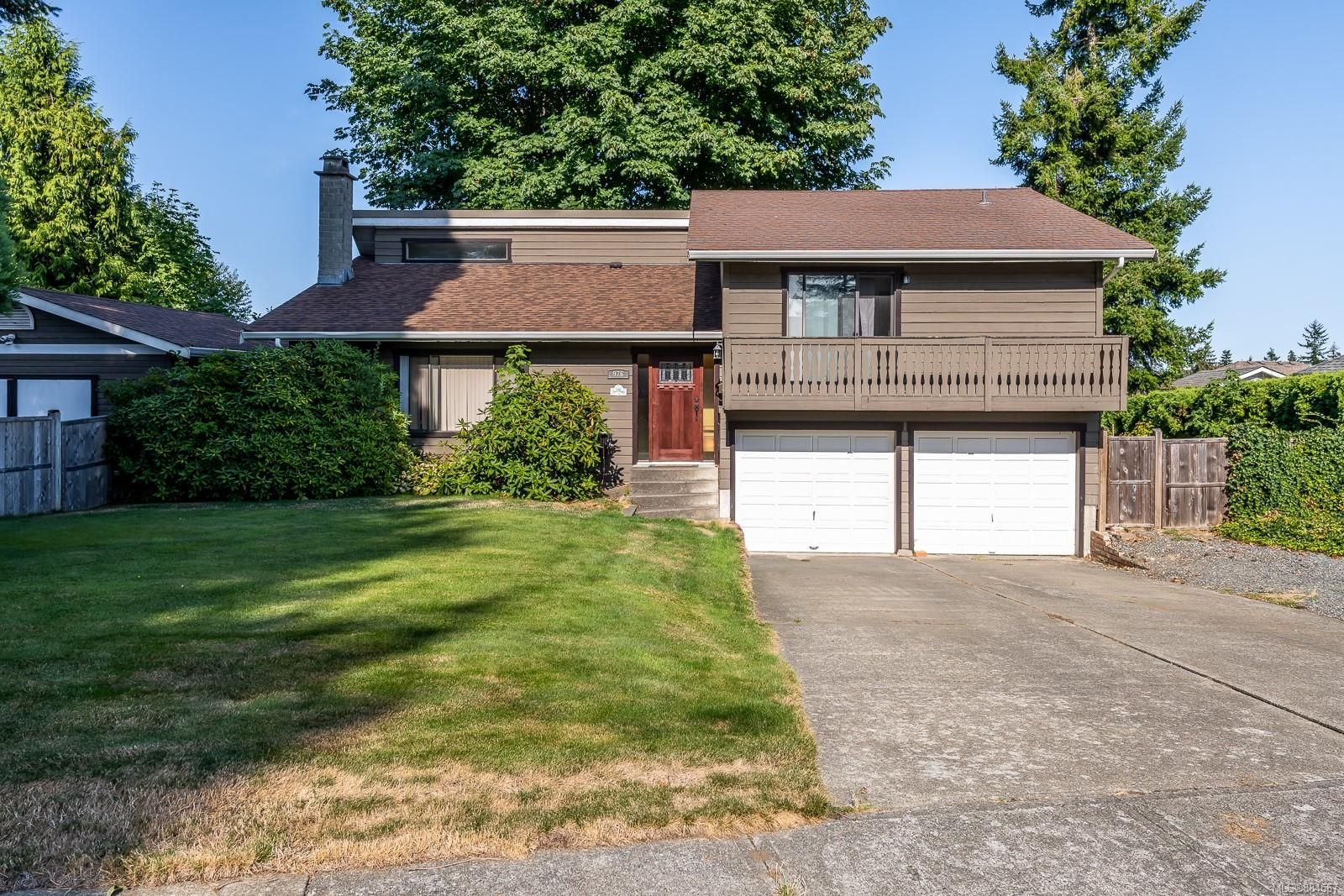 Main Photo: 976 Mantle Dr in Courtenay: CV Courtenay East House for sale (Comox Valley)  : MLS®# 884567