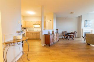 "Photo 5: 302 1153 54A Street in Delta: Tsawwassen Central Condo for sale in ""HERON PLAC3"" (Tsawwassen)  : MLS®# R2617835"