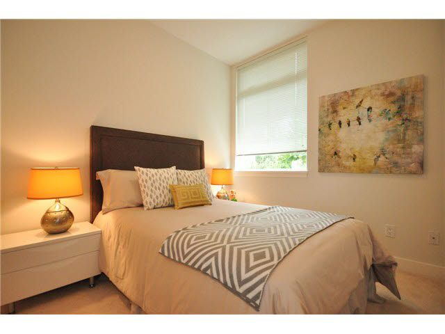 """Photo 7: Photos: 207 5568 KINGS Road in Vancouver: University VW Townhouse for sale in """"GALLERIA"""" (Vancouver West)  : MLS®# V1087874"""