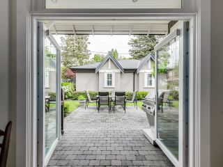 Photo 11: 2819 West 45th Ave in Vancouver: Home for sale