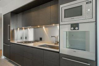 """Photo 10: 2906 1151 W GEORGIA Street in Vancouver: Coal Harbour Condo for sale in """"Trump International Hotel and Tower Vancouver"""" (Vancouver West)  : MLS®# R2543391"""
