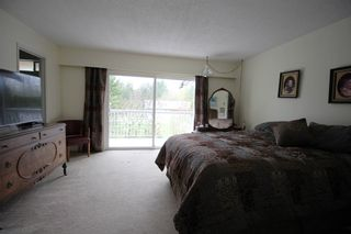 """Photo 10: 22033 28 Avenue in Langley: Campbell Valley House for sale in """"Campbell Valley"""" : MLS®# R2356683"""