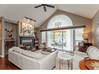 """Photo 6: 147 4001 OLD CLAYBURN Road in Abbotsford: Abbotsford East Townhouse for sale in """"CEDAR SPRINGS"""" : MLS®# R2555932"""