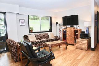 Photo 2: 110 33956 Essendene Avenue in Abbotsford: Condo for sale : MLS®# R2586250