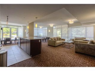 """Photo 13: 303 2789 SHAUGHNESSY Street in Port Coquitlam: Central Pt Coquitlam Condo for sale in """"THE SHAUGHNESSY"""" : MLS®# R2367927"""