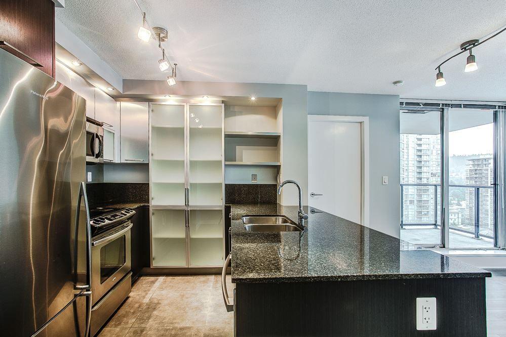 Photo 5: Photos: 1401 2980 ATLANTIC Avenue in Coquitlam: North Coquitlam Condo for sale : MLS®# R2088023
