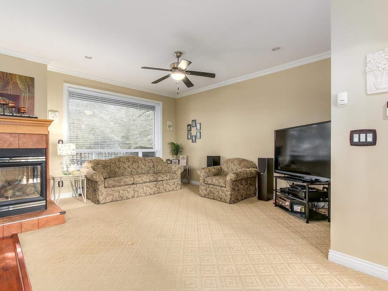 Photo 6: Photos: 725 REGAN Avenue in Coquitlam: Coquitlam West House for sale : MLS®# R2226266