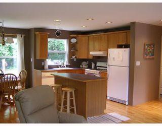 Photo 2: 7977 EASTWOOD Road in No_City_Value: Pender Harbour Egmont House for sale (Sunshine Coast)  : MLS®# V713709