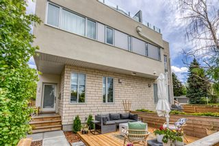Main Photo: 2842 25A Street SW in Calgary: Richmond Row/Townhouse for sale : MLS®# A1142936