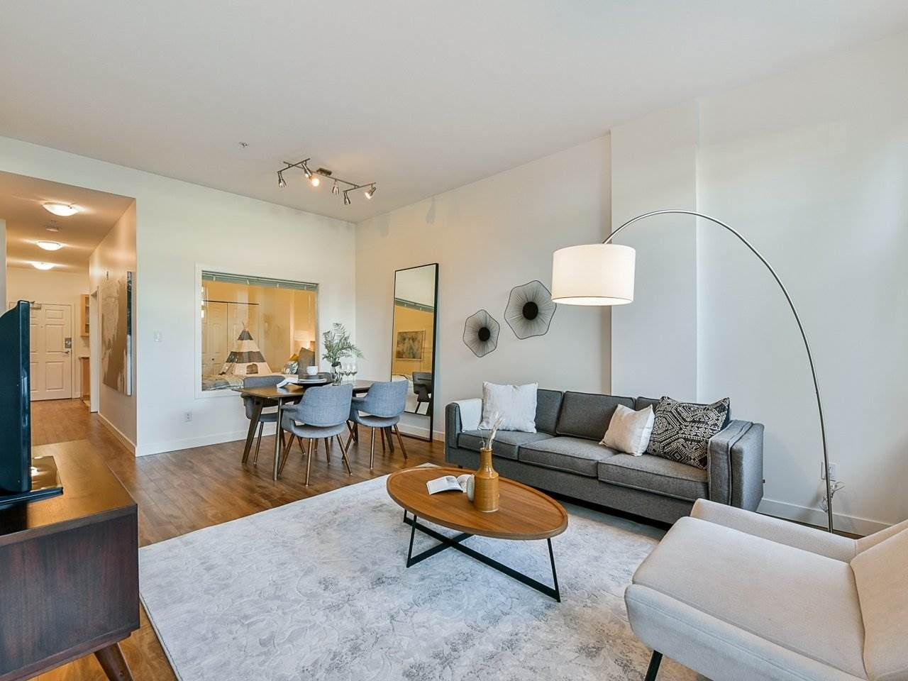 """Main Photo: 103 702 E KING EDWARD Avenue in Vancouver: Fraser VE Condo for sale in """"Magnolia"""" (Vancouver East)  : MLS®# R2446677"""