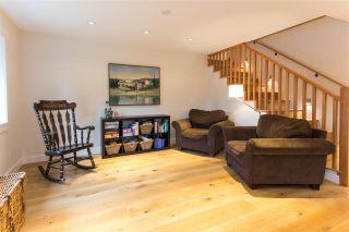 "Photo 4: 40177 BILL'S Place in Squamish: Garibaldi Highlands House for sale in ""Garibaldi Highland"" : MLS®# R2151264"