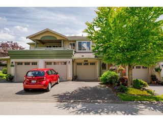 """Photo 1: 112 13888 70 Avenue in Surrey: East Newton Townhouse for sale in """"Chelsea Gardens"""" : MLS®# R2594142"""
