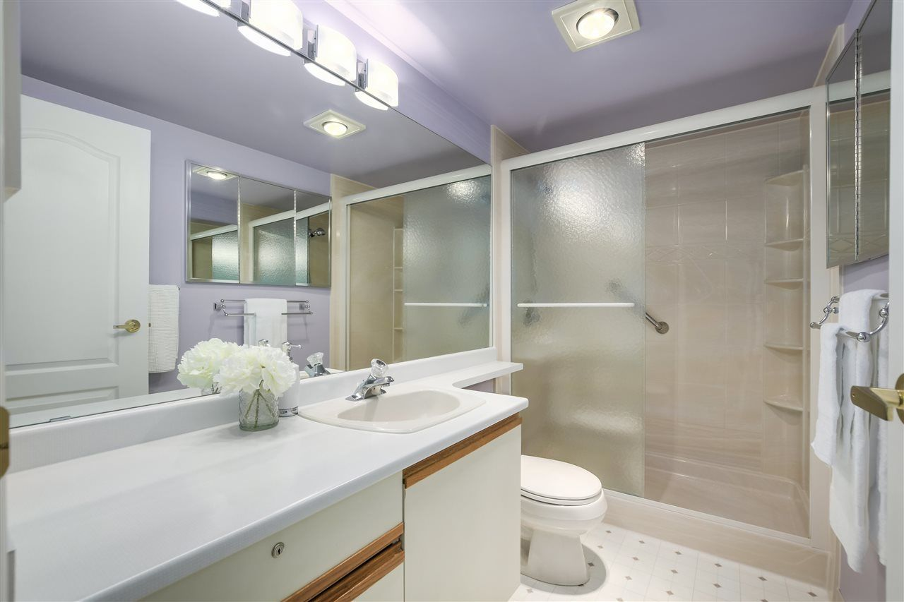"""Photo 15: Photos: 304 7580 MINORU Boulevard in Richmond: Brighouse South Condo for sale in """"CARMEL POINT"""" : MLS®# R2369650"""
