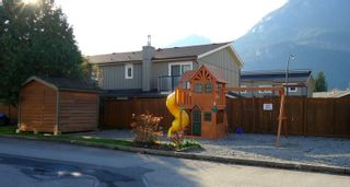"Photo 12: 12 39754 GOVERNMENT Road in Squamish: Northyards Townhouse for sale in ""Mapletree Court"" : MLS®# R2013701"