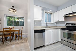 Photo 5: 214 4693 Muir Rd in : CV Courtenay East Condo for sale (Comox Valley)  : MLS®# 878758
