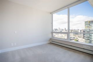 """Photo 21: 1406 1783 MANITOBA Street in Vancouver: False Creek Condo for sale in """"Residences at West"""" (Vancouver West)  : MLS®# R2457734"""