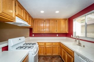 Photo 8: House for sale : 4 bedrooms : 39552 Crystal Lake Court in Murrieta