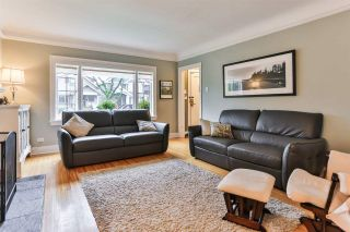"""Photo 3: 829 W 17TH Avenue in Vancouver: Cambie House for sale in """"DOUGLAS PARK"""" (Vancouver West)  : MLS®# R2026317"""