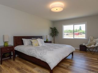 Photo 6: 4208 REMI PLACE in COURTENAY: CV Courtenay City House for sale (Comox Valley)  : MLS®# 816006