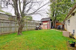 Photo 13: 19 WESTMORELAND in Leamington: House for sale : MLS®# 21019907