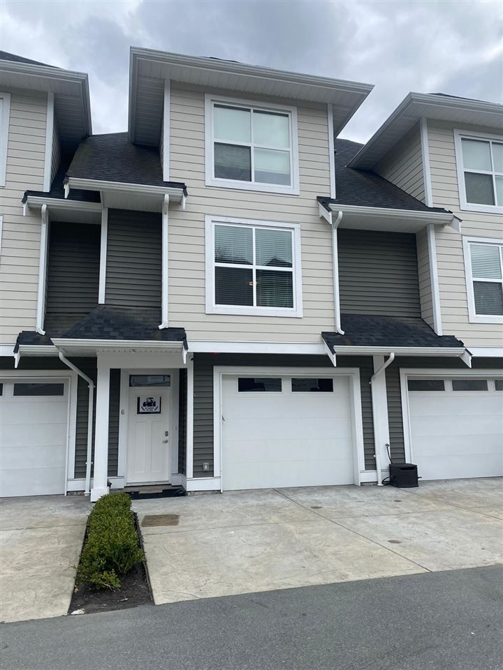 Main Photo: 6 45395 SPADINA Avenue in Chilliwack: Chilliwack W Young-Well Townhouse for sale : MLS®# R2562788