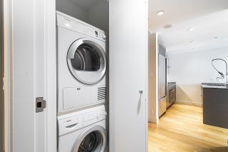 """Photo 15: 2804 1111 ALBERNI Street in Vancouver: West End VW Condo for sale in """"SHANGRI-LA"""" (Vancouver West)  : MLS®# R2514908"""