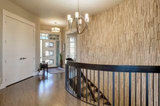 Photo 2: 609 HOWATT Drive in Edmonton: Zone 55 House for sale : MLS®# E4219527