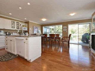 Photo 11: 563 Marine View in COBBLE HILL: ML Cobble Hill House for sale (Malahat & Area)  : MLS®# 711639