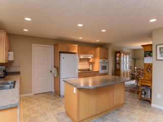 Photo 6: 619 OLYMPIC DRIVE in COMOX: CV Comox (Town of) House for sale (Comox Valley)  : MLS®# 721882