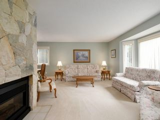 Photo 3: 4060 Angeleah Pl in : SW West Saanich House for sale (Saanich West)  : MLS®# 870849