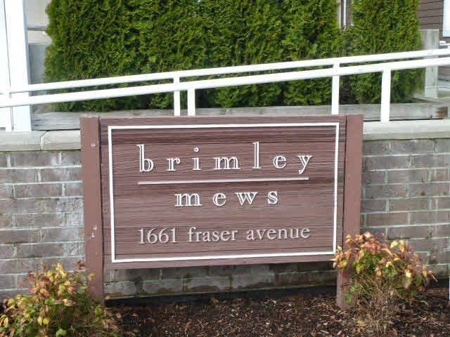 """Main Photo: 405 1661 FRASER Avenue in Port Coquitlam: Glenwood PQ Townhouse for sale in """"BRIMLEY MEWS"""" : MLS®# V1081063"""