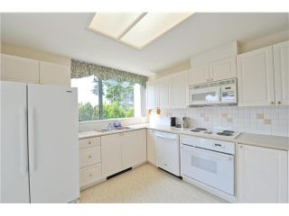 """Photo 7: 303 1705 MARTIN Drive in Surrey: Sunnyside Park Surrey Condo for sale in """"SOUTHWYND"""" (South Surrey White Rock)  : MLS®# F1420126"""