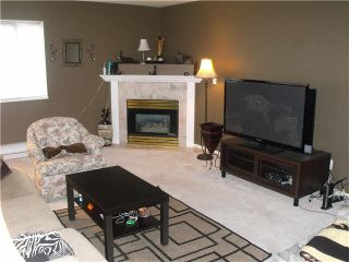 """Photo 3: 204 19128 FORD Road in Pitt Meadows: Central Meadows Condo for sale in """"BEACON SQUARE"""" : MLS®# V1095908"""