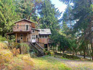 Photo 3: 555 GANNER Road: Galiano Island House for sale (Islands-Van. & Gulf)  : MLS®# R2489771