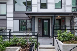 """Photo 2: TH27 528 E 2ND Street in North Vancouver: Lower Lonsdale Townhouse for sale in """"Founder Block South"""" : MLS®# R2543628"""