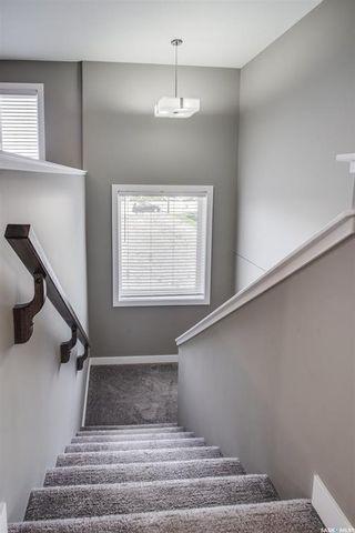 Photo 2: 518 Dagnone Crescent in Saskatoon: Brighton Residential for sale : MLS®# SK867635