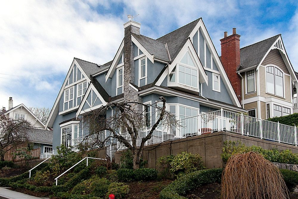 Main Photo: 3131 COLLINGWOOD Street in Vancouver: Kitsilano House for sale (Vancouver West)  : MLS®# V875885