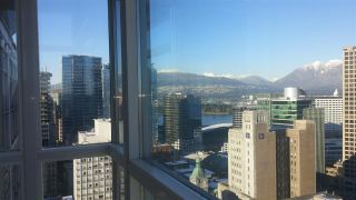 """Photo 1: 2907 438 SEYMOUR Street in Vancouver: Downtown VW Condo for sale in """"CONFERENCE PLAZA"""" (Vancouver West)  : MLS®# R2126609"""