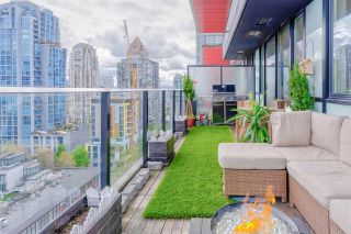 """Photo 3: 1302 1325 ROLSTON Street in Vancouver: Yaletown Condo for sale in """"The Rolston"""" (Vancouver West)  : MLS®# R2574572"""