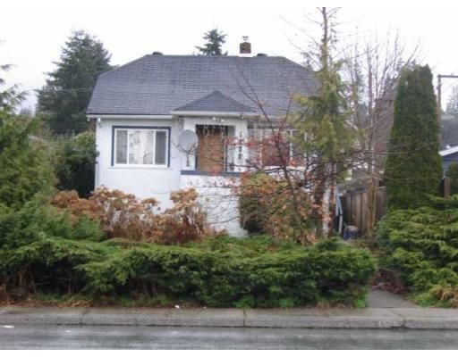 Main Photo: 1222 W 15TH ST in North Vancouver: House for sale : MLS®# V817069