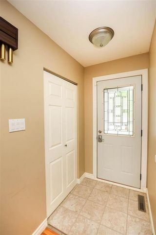 Photo 2: 45 Normandy Drive in Winnipeg: Crestview Residential for sale (5H)  : MLS®# 202120877