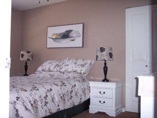 """Photo 9: 4084 OLD CLAYBURN Road in Abbotsford: Abbotsford East House for sale in """"SANDY HILL"""" : MLS®# R2482607"""